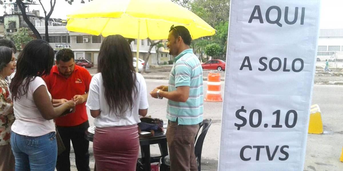 Plastificadores, un oficio que se activa en los procesos electorales