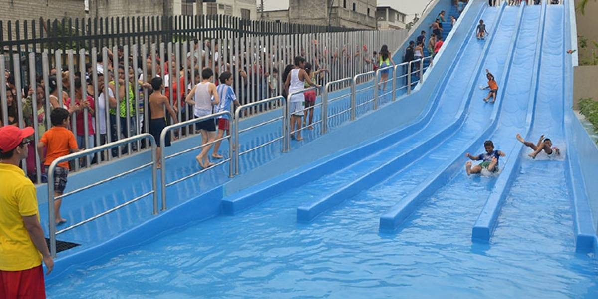 Juegos acuáticos y balnearios artificiales cerrados por consulta popular