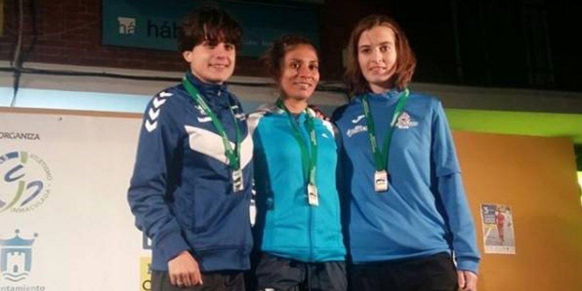 Mirna Ortiz triunfa en España y Erick Barrondo vuelve a destacarse en la ruta