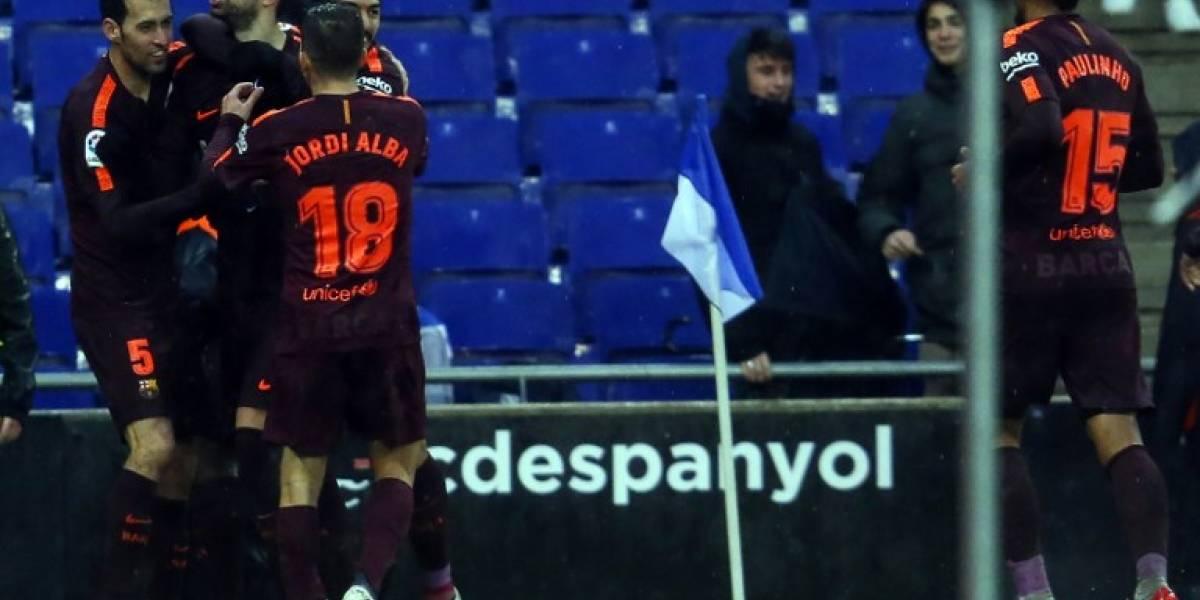 El Barça empata con el Espanyol y Piqué lo celebra con un polémico gesto