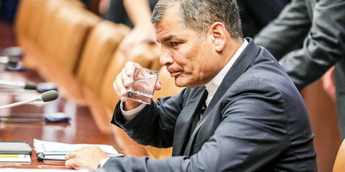 Correa llega a la Fiscalía del Guayas para rendir su testimonio en casos Petrochina y San Lorenzo