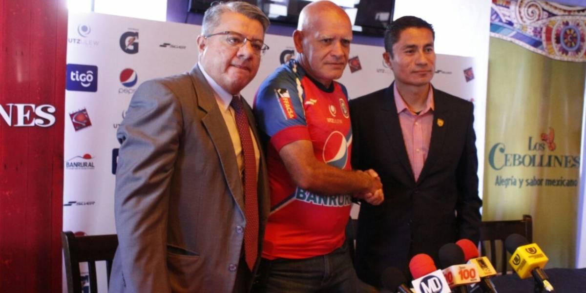 Claverí vuelve a tomar el mando de Xelajú MC