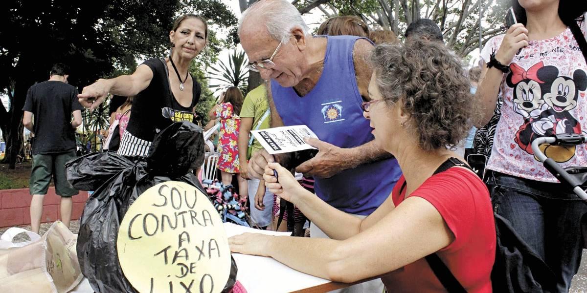 Grupo organiza protesto em S.Caetano contra taxa de coleta de lixo