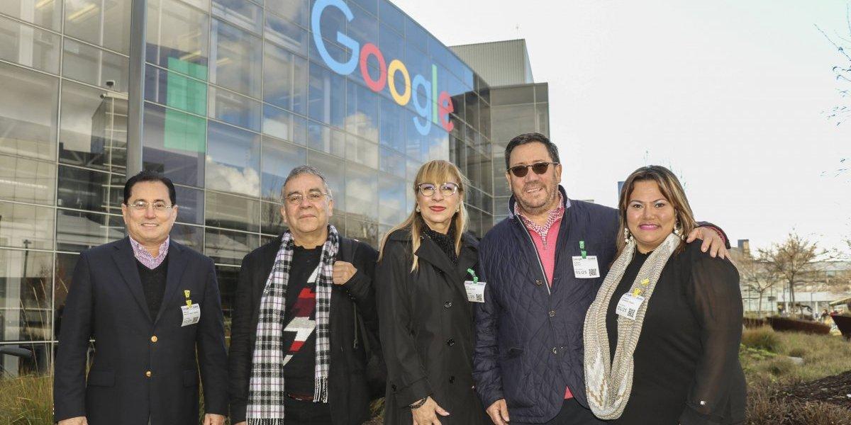 Google invita a miembros de la Universidad Interamericana a tomar cursos en su sede