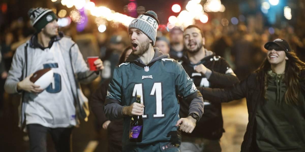Fans de Águilas llenaron calles de Filadelfia para celebrar la obtención del Super Bowl