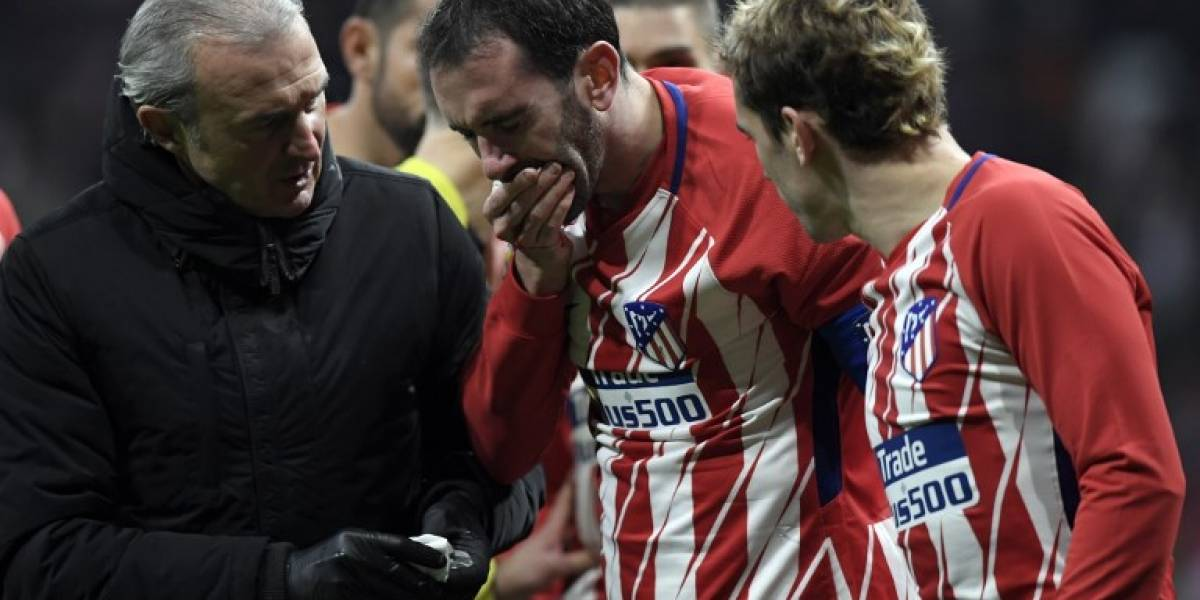 FOTOS. Godín pierde tres dientes en un brutal choque con un jugador del Valencia