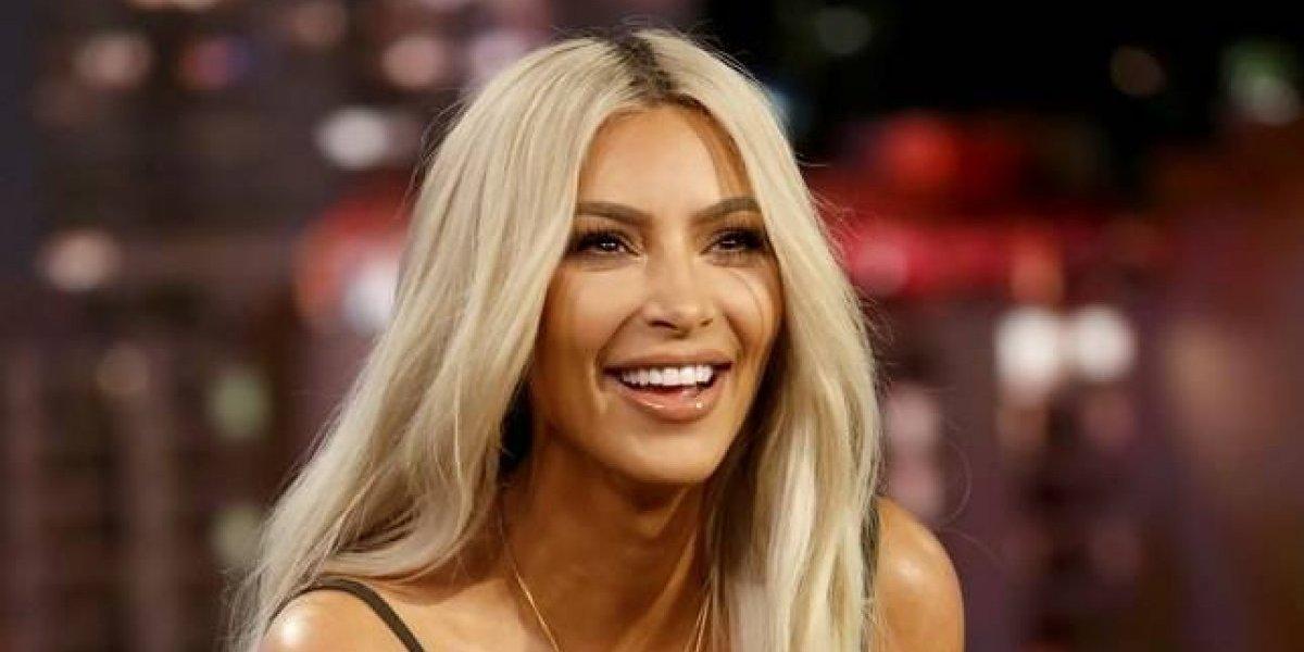 Evidencian exceso de Photoshop en foto que publicó Kim Kardashian