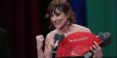 Nathalie Poza luego de recibir el premio a la mejor actriz por No se decir adios