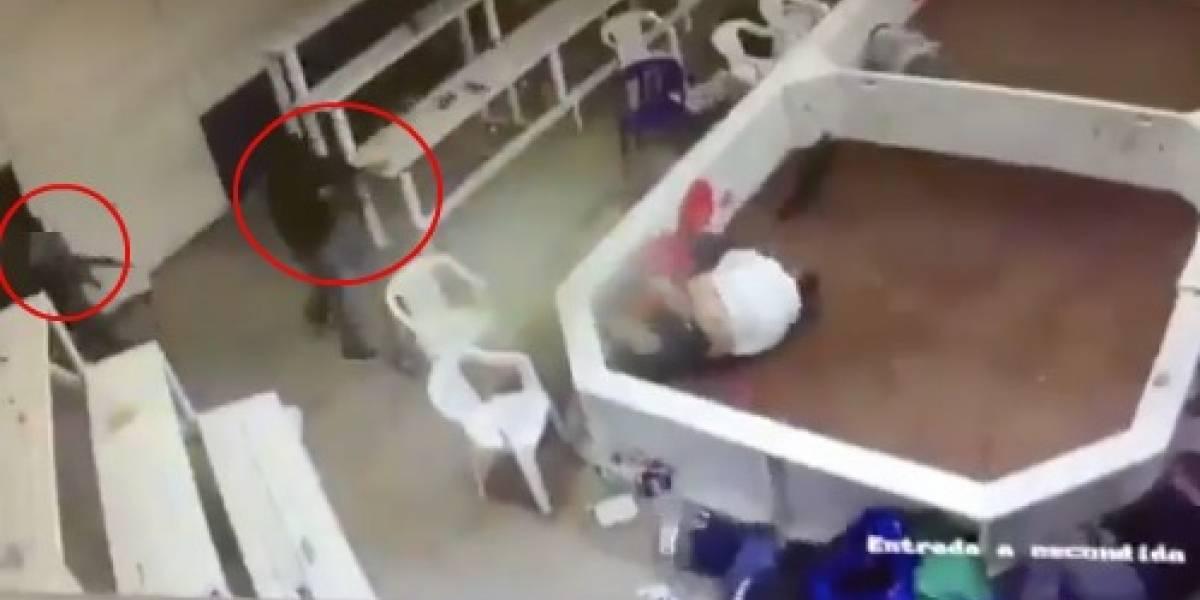 VIDEO: Sujetos asesinan a seis en palenque clandestino en Chihuahua
