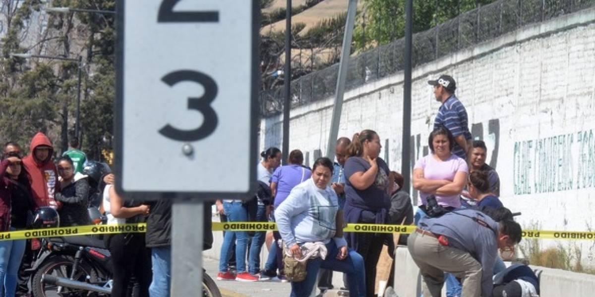 Muere militar y dos asaltantes durante robo a camión en la México-Puebla
