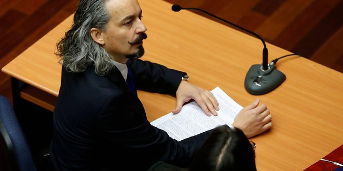 Caso SQM: fiscal pide sobreseimiento de 58 imputados, incluido hijo de Longueira