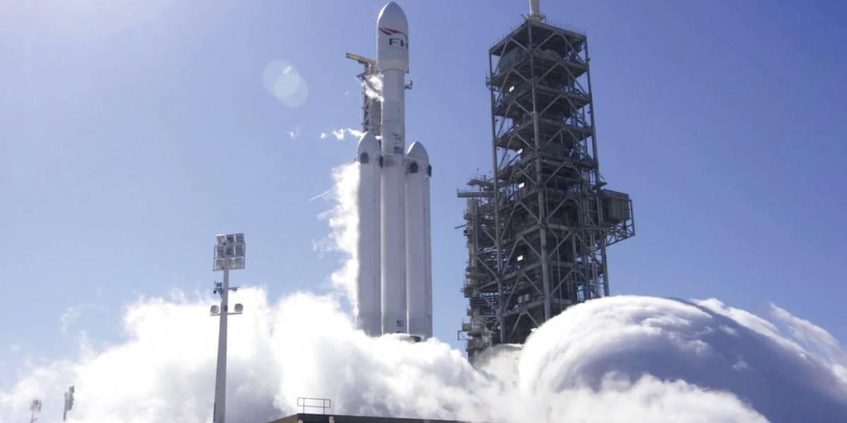 SpaceX, listo para lanzamiento de prueba del cohete más poderoso del mundo