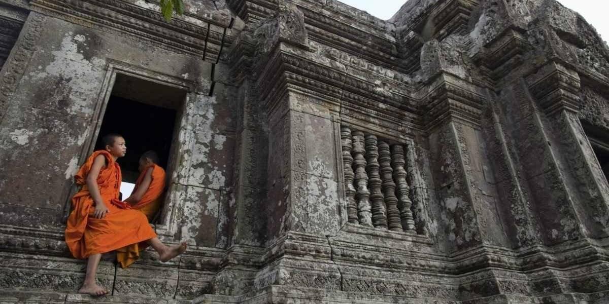 Turista devolve restos roubados de templo para poder 'viver em paz' novamente