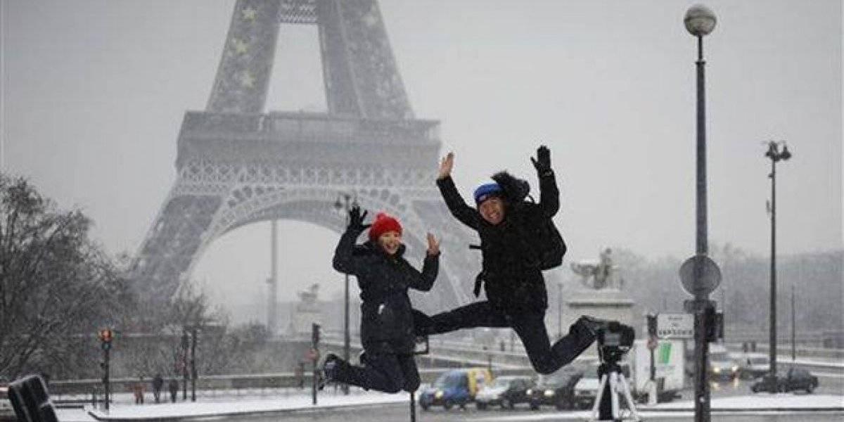 Francia en alerta por niveles peligrosos de nieve