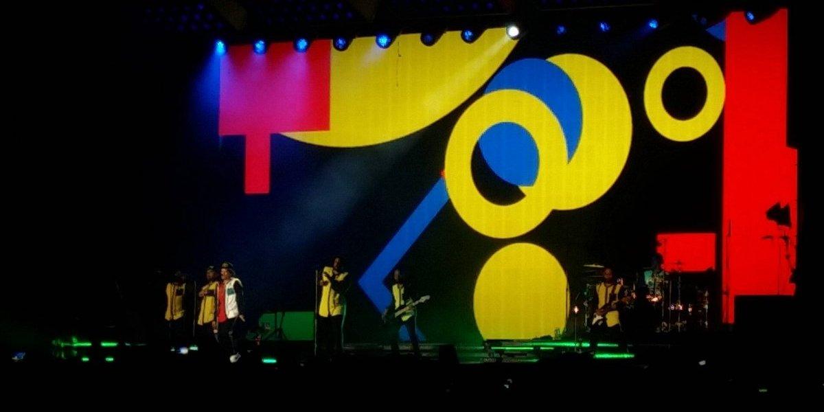 Bruno Mars puso a bailar a los famosos en GDL