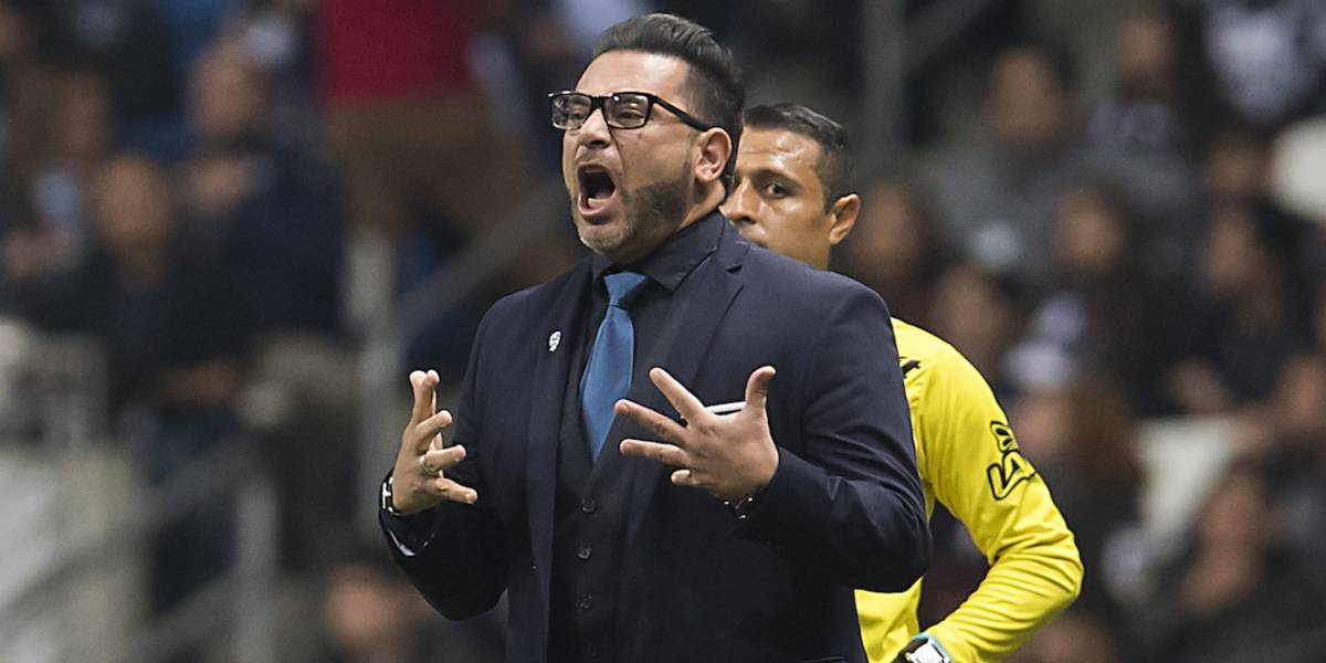 Mohamed estalla contra Osorio por posición de González