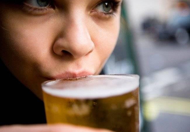 ALCOHOL CANCER DE MAMA