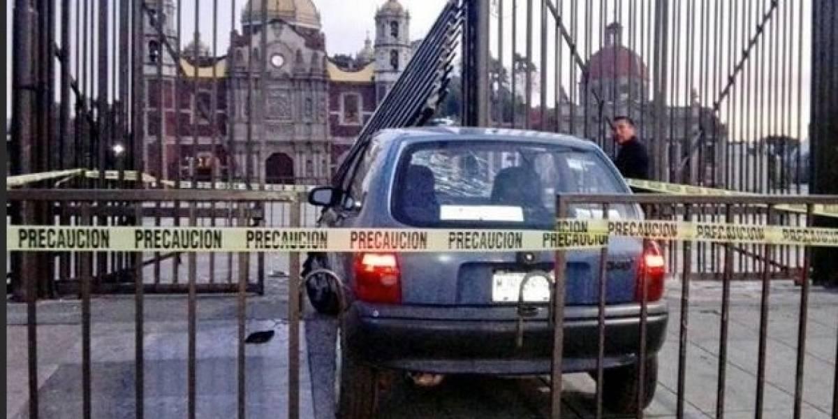 Automovilista se estrella en la reja de la Basílica de Guadalupe