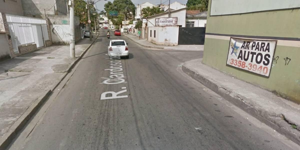 Menina de três anos morre em tiroteio na zona norte do Rio; pai também foi baleado