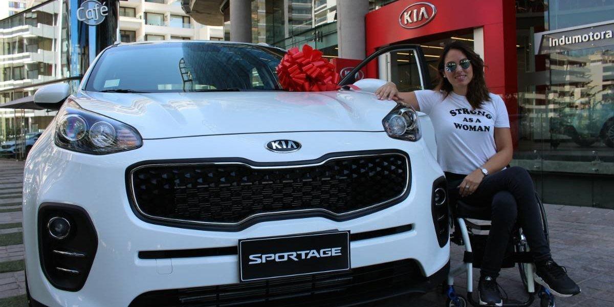 Kia entrega Sportage C adaptados a deportistas paralímpicos