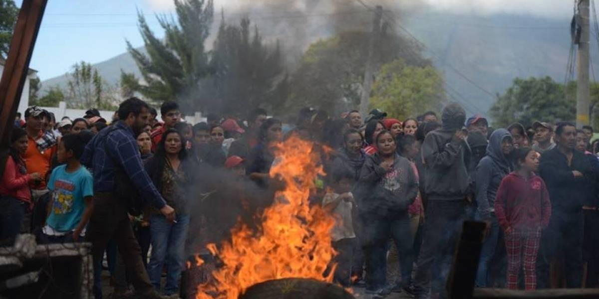 Con un animal quemado amenazan a alcalde de Villa Canales