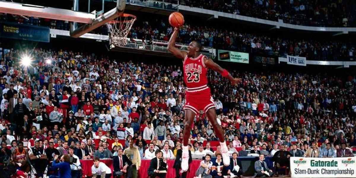 Cumple 30 años la clavada más icónica de Michael Jordan