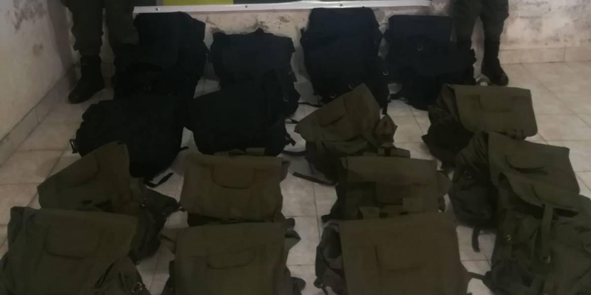 Incautaron morrales militares que eran enviados como encomienda al Clan del Golfo