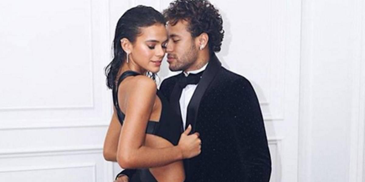 Bruna Marquezine nega que tenha barrado mulheres por ciúmes de Neymar