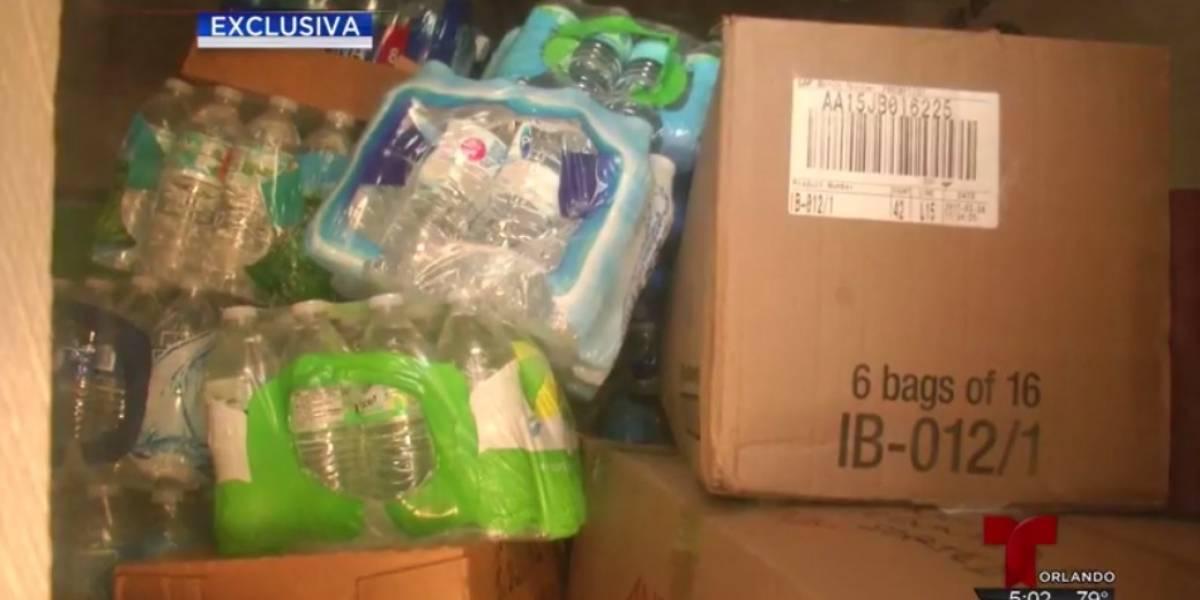 Gobierno deja perder alimentos y agua donados en Florida