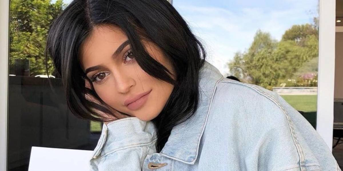 Kylie Jenner maravilla a sus fans al mostrar este detalle de su cara