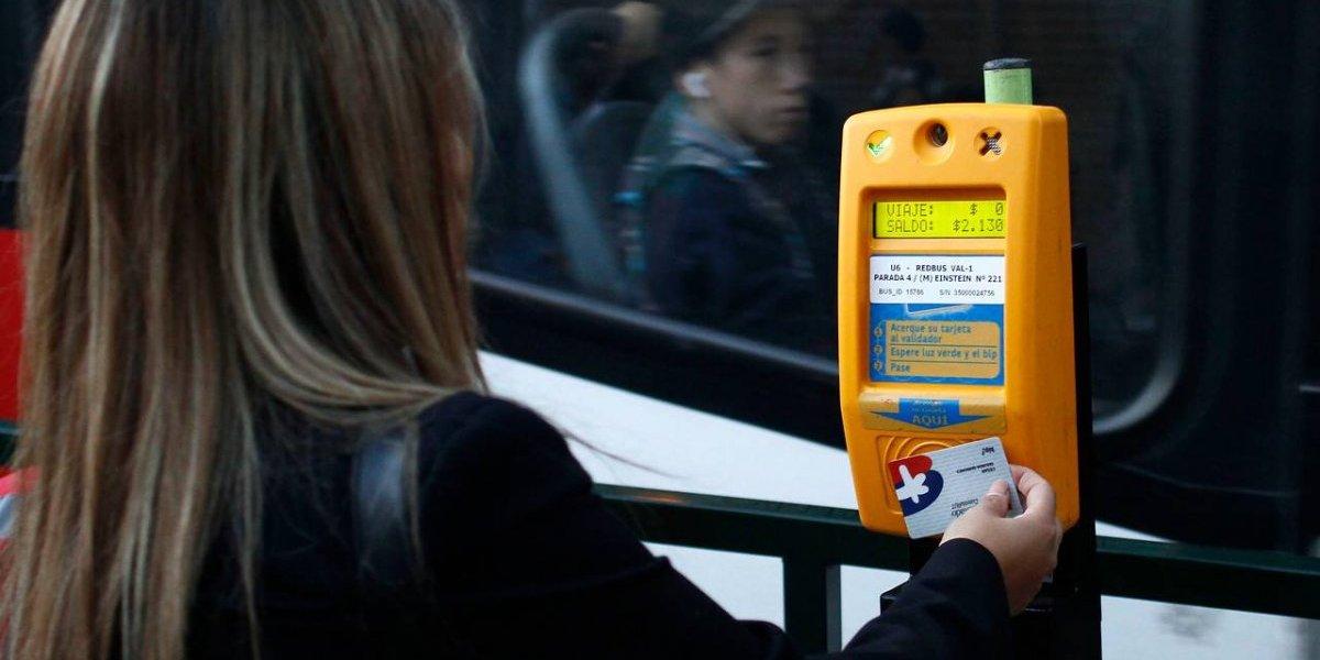 Para partir mal la semana: Transantiago y Metro aumentarán sus pasajes $20 desde este lunes y tarifa escolar subirá $10