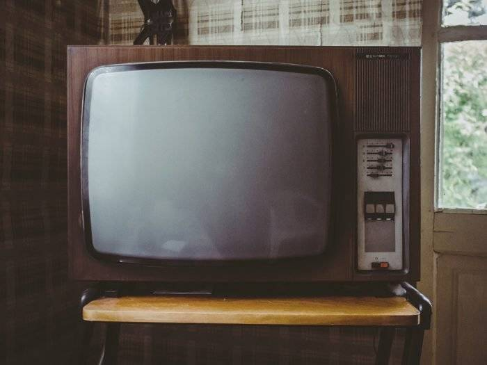 ¿Quieres ver la TV gratis en tu celular? Con estas apps es posible