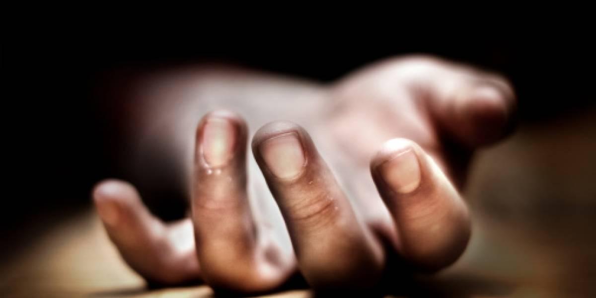 Hombre descuartizó a su esposa, la puso en una maleta y quemó los restos
