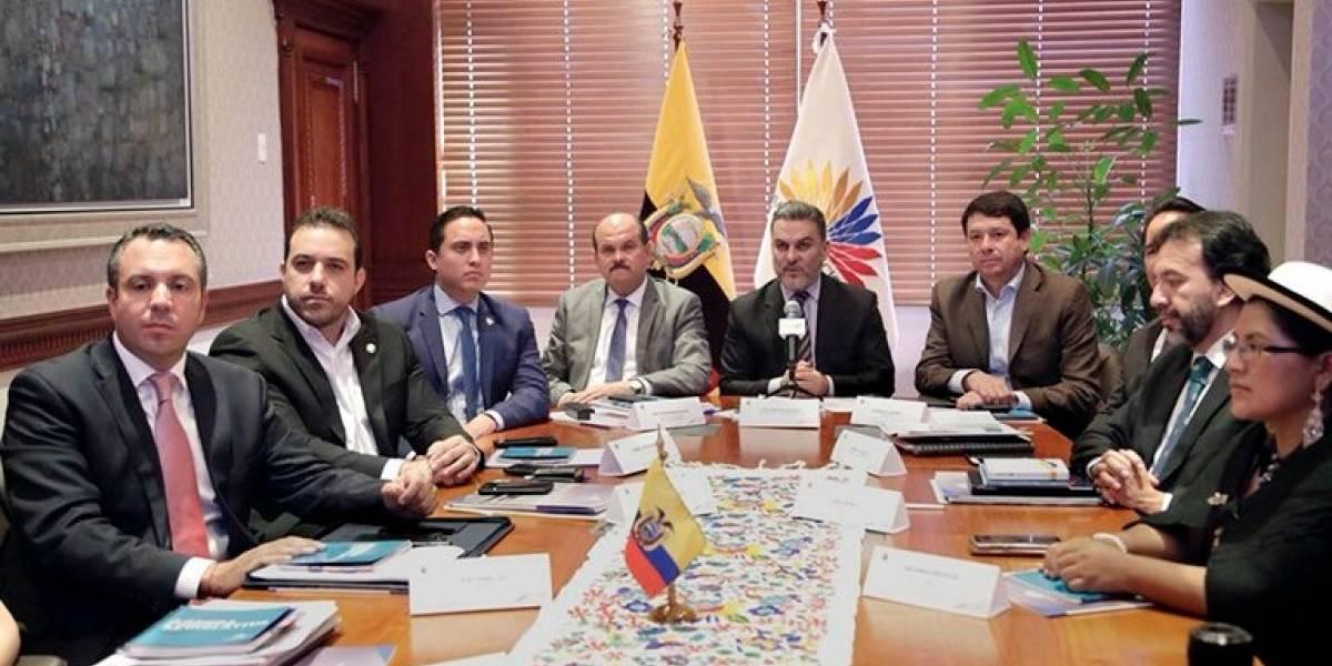 Asamblea aprobará comisión que trabajará temas de la Consulta Popular