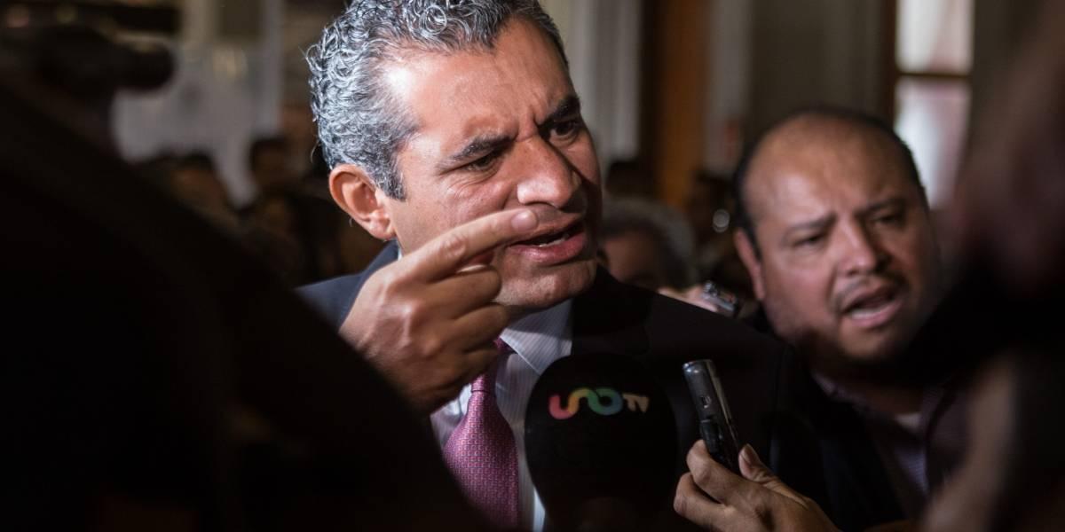 AMLO desacredita el periodismo libre y ataca a los intelectuales: Ochoa Reza