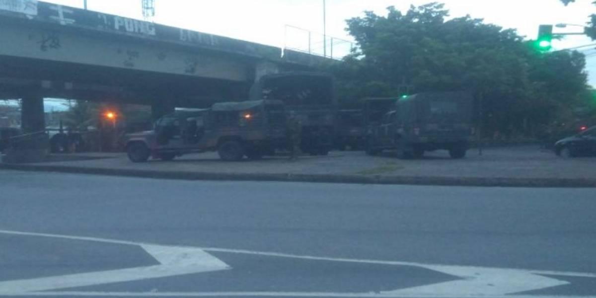 Forças Armadas e polícias fazem operação na Cidade de Deus, no Rio de Janeiro