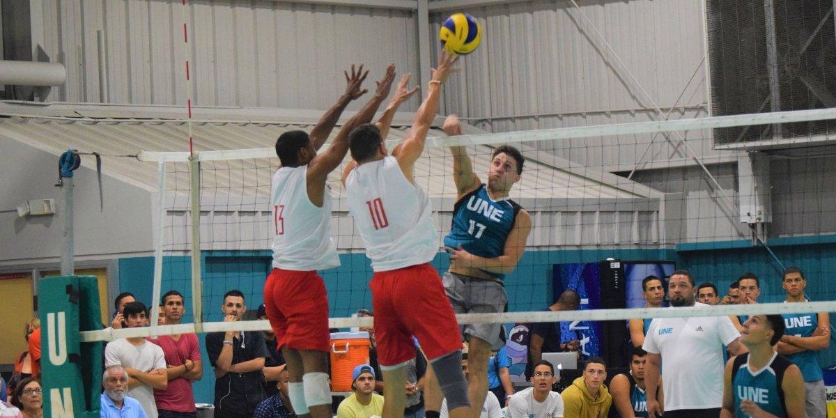 Pitirres y Juanas pasan a la final del voleibol universitario