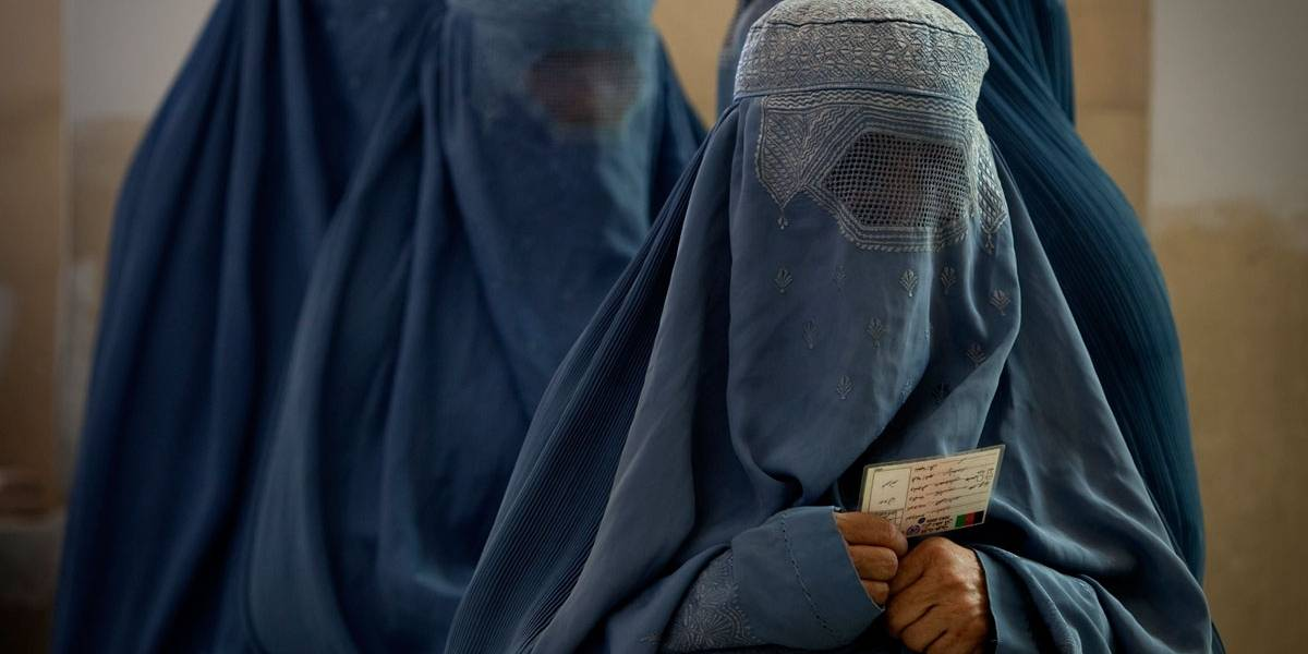 Al Qaeda lança revista feminina para mulheres de terroristas
