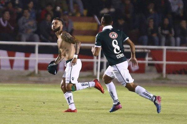Marco Medel es uno de los líderes futbolísticos del Wanderers versión 2018 / Foto: Photosport