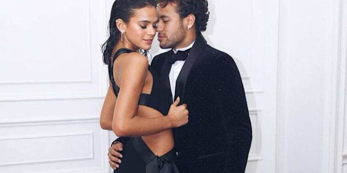 Bruna Marquezine e Neymar formam o casal mais popular da web