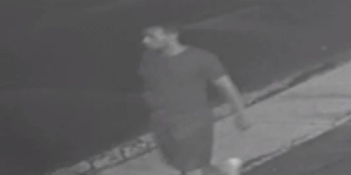 Buscan a hombre que despojó a mujer de su auto en San Juan