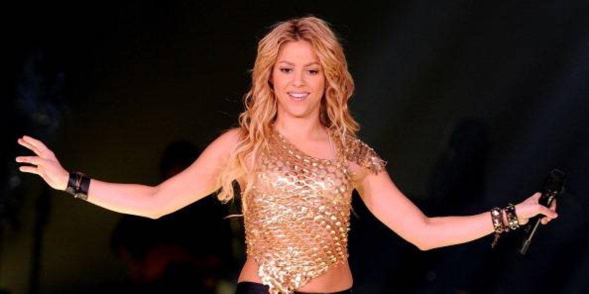 Shakira vuelve a cantar después de su operación de cuerdas