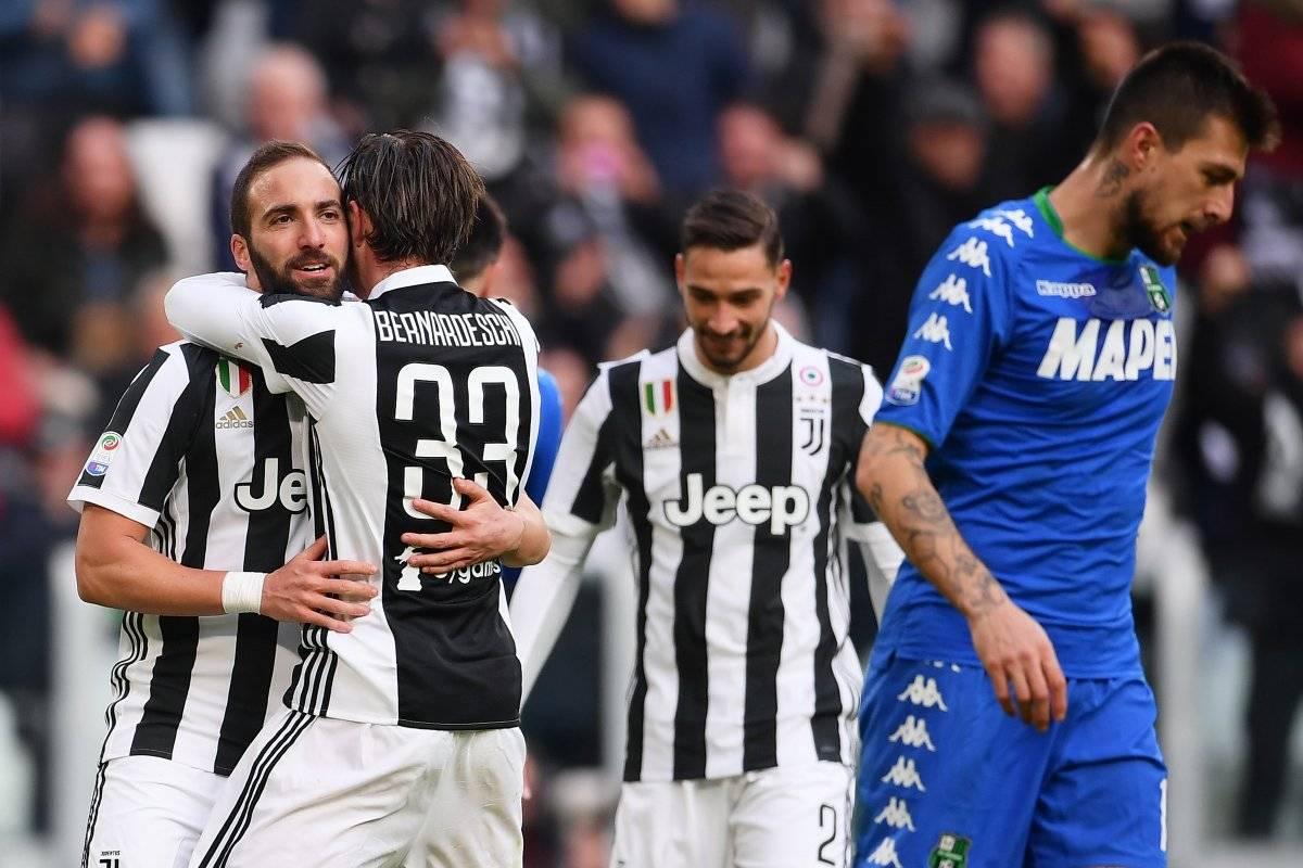Con gol de Higuaín, Juventus ganó y es líder en el Calcio