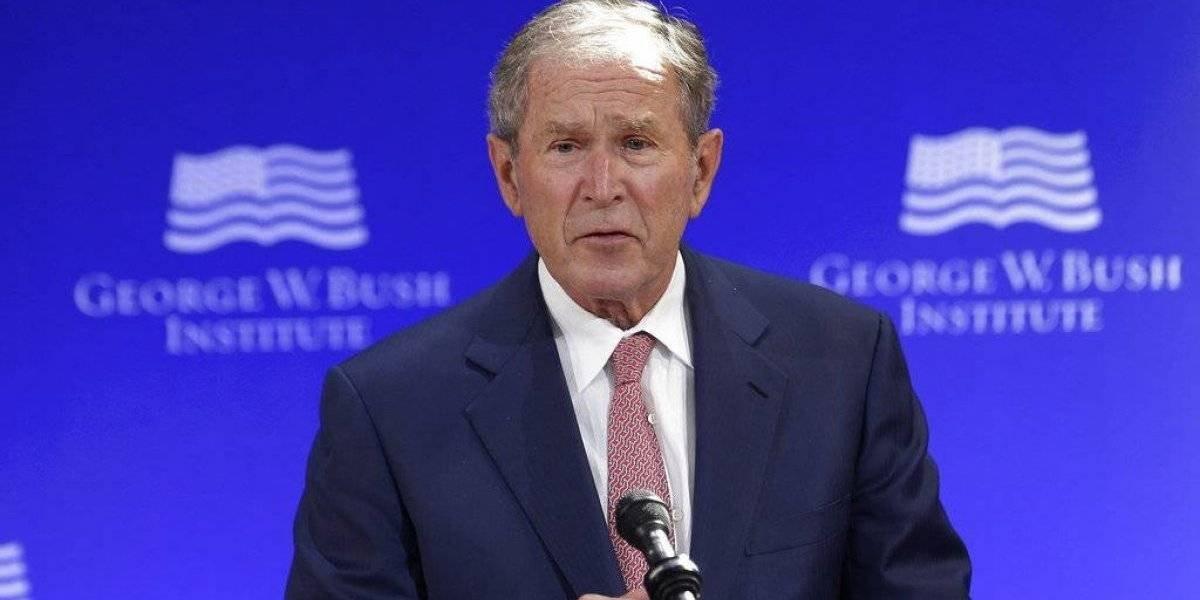 Expresidente Bush: Rusia interfirió con voto en EE. UU.