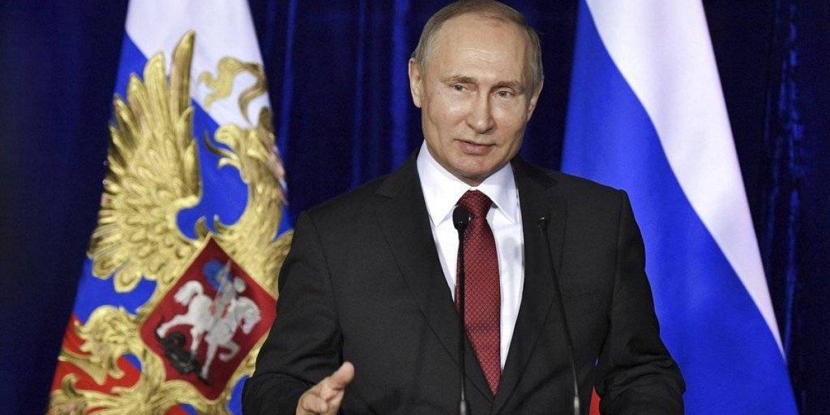 Con 80 % de niveles de aprobación y sin rivales de peso: Putin se inscribe para las elecciones del 18 de marzo