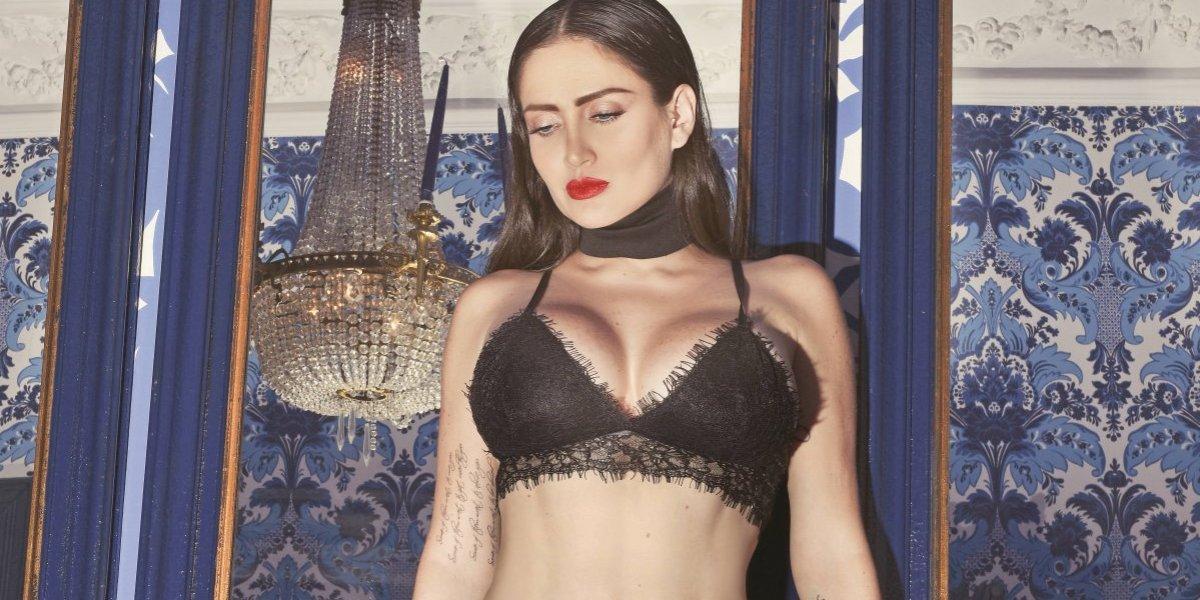 Celia Lora desafía a Twitter y publica un topless