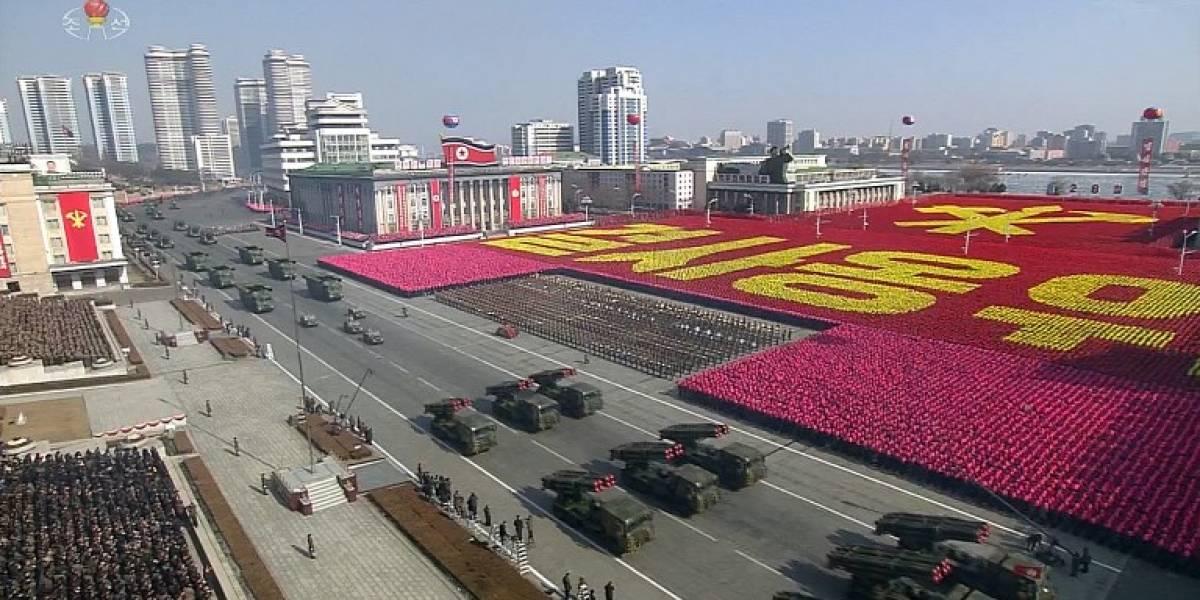Corea del Norte celebra desfile militar previo al inicio de los JJ. OO. de Pyeongchang