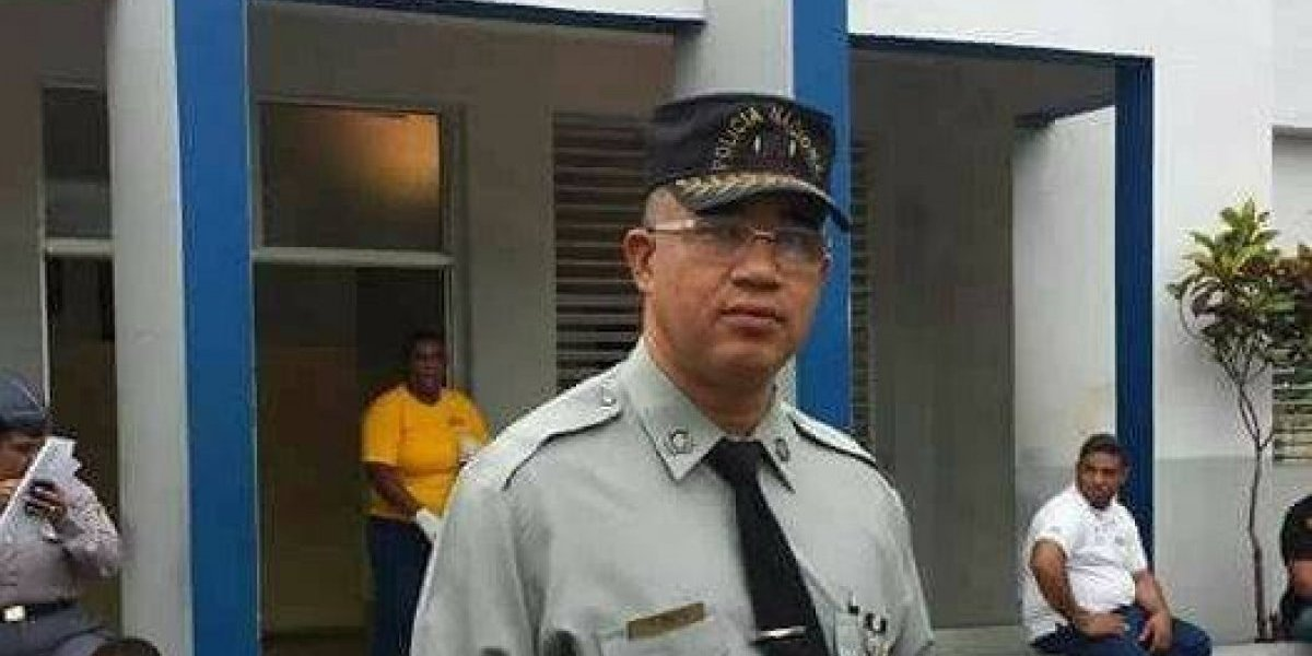 """Solicitan """"retiro forzoso"""" de un coronel acusado de violar a un hombre"""