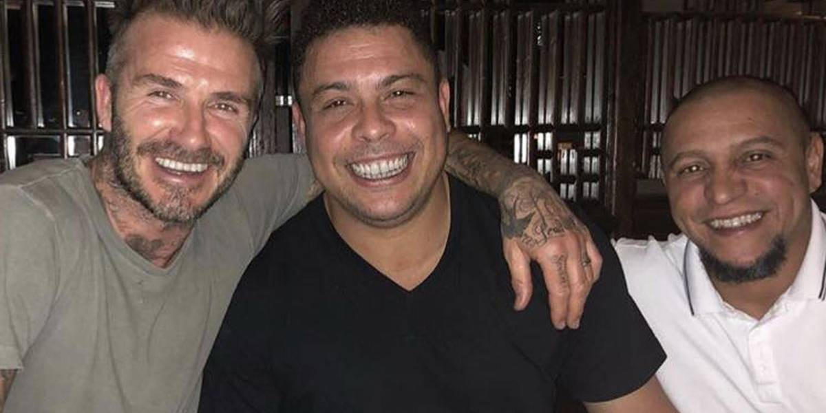 David Beckham compartilha foto ao lado de Ronaldo e Roberto Carlos: 'amigos para sempre'