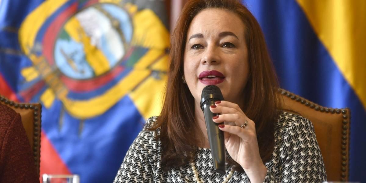 María Fernanda Espinosa viaja a Costa Rica a defender Consulta